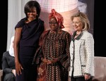Henriette Ekwe, Hillary Clinton and Michelle Obama - USA 2011 Photo: © HE